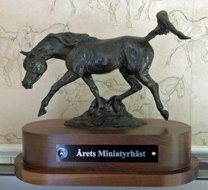 Årets-Miniatyrhäst